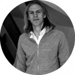 Författaren Linus som skrivit om 7 säkerhetsrisker inom e-handel och hur du undviker dem.